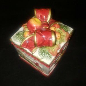 Fitz and Floyd Woodland Christmas Tricket Box